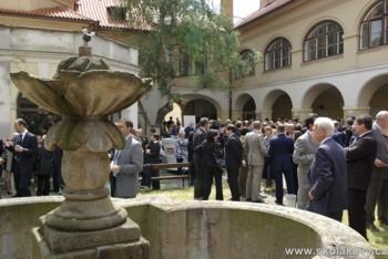 Nádvoří Italského kulturního institutu v Praze