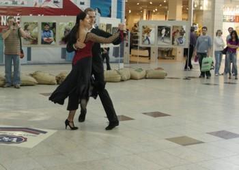 Argentinské tango zatančila skupina Tango Praha