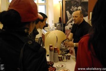 Příprava kávy Piacetto