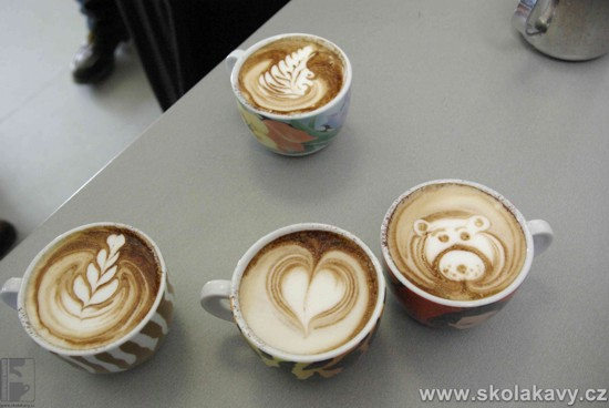 latte art by Luigi Lupi