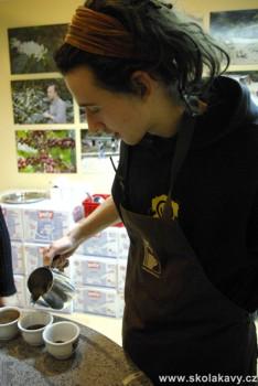 degustace braziliana - příprava degustovaných káv