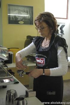 praxe účastníků na semináři Latte Art
