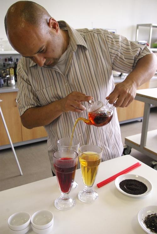 Alexandr Atanasov - lektor kurzů čaje a čokolády